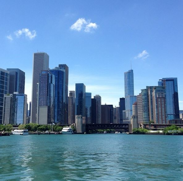 Chicago_River_Boat_Tour