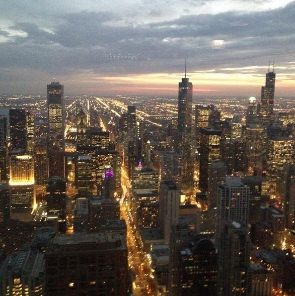 Chicago_Skyline_Night_Buildings