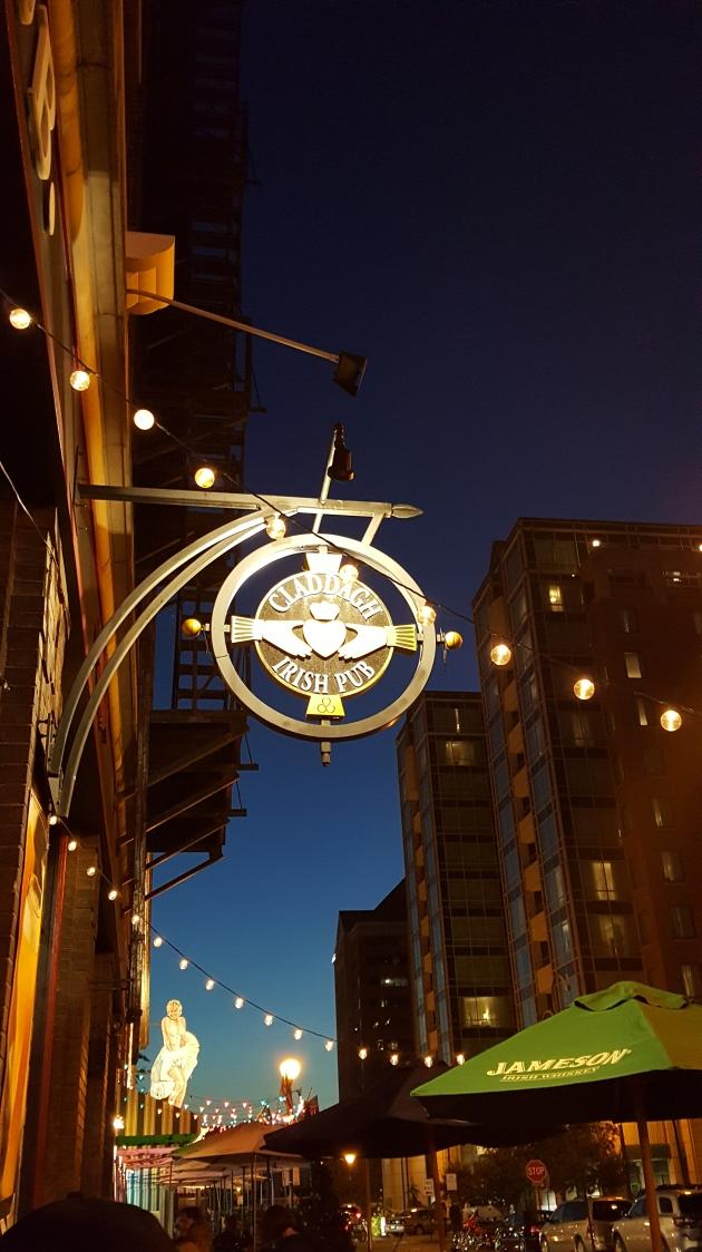 Claddagh Irish Pub Indianapolis