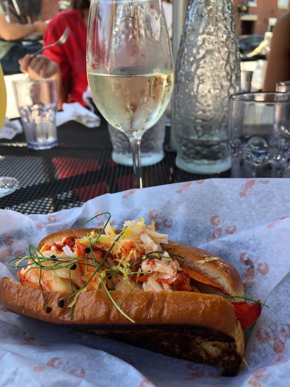 lobster shack lobster roll